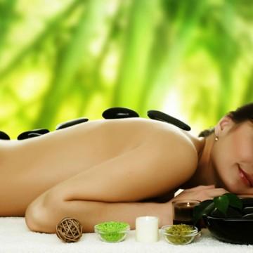 Masaj cu pietre calde | Hot Stone Massage