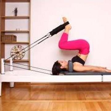 Pilates cu echipamente