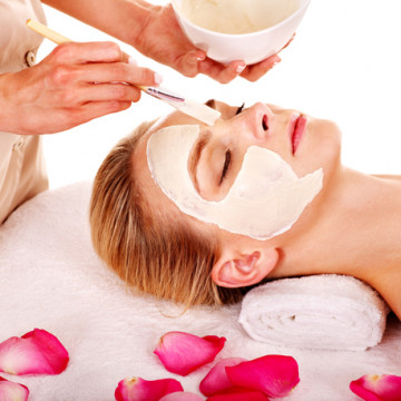 Intensive Whitening Facial Treatment